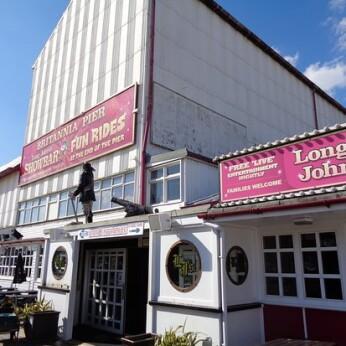 Long John's Showbar, Great Yarmouth
