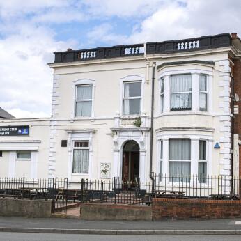 Dudley Ex Servicemens Club, St Thomas's