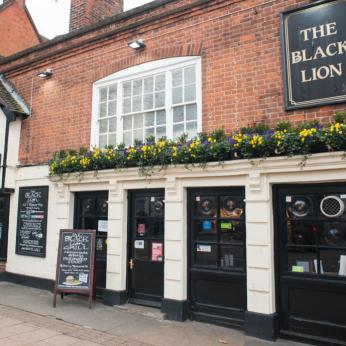 Black Lion, Epping
