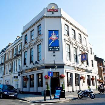Crown & Sceptre, London W12
