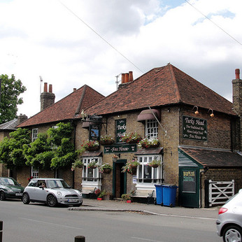 Click to view full size - Turks Head, Staines(photograph number 1)