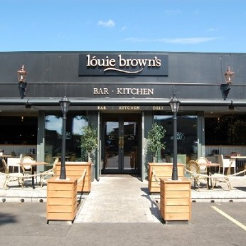 Louie Brown's, Dalgety Bay