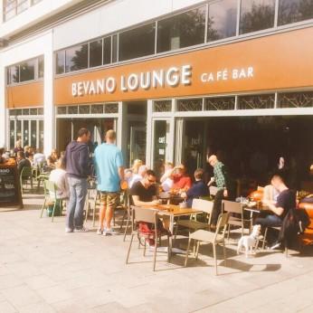 Bevano Lounge, Urmston