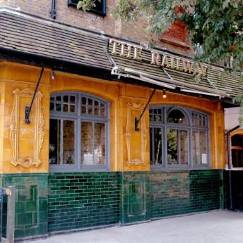 Railway Tavern, Bromley