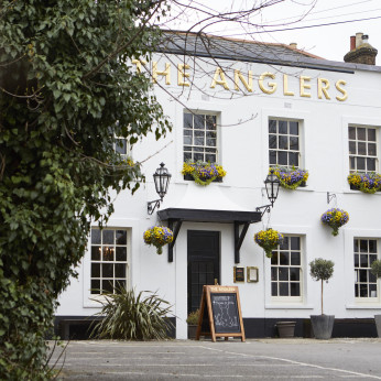 Anglers Hotel, Teddington