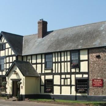 New Inn, St. Owens Cross