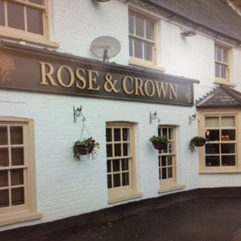 Click to view full size - Rose & Crown, Hounslow(photograph number 1)