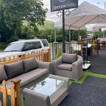 Devonpark Inn, Devonside