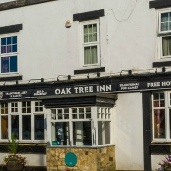Oak Tree Inn, Tantobie