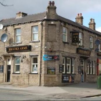 Brooks Arms, Dalton
