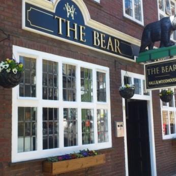 Bear, Horsham