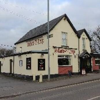 Tavern Y Trap, Gorseinon