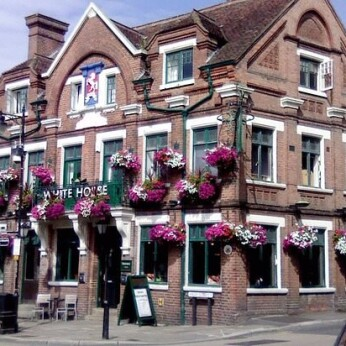 White Horse Inn, Cranbrook