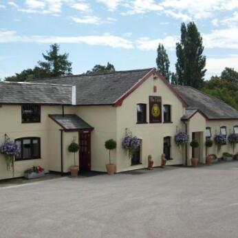 Lion Inn, Leavenheath