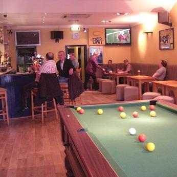 Paggie's Sports Bar, Thatcham