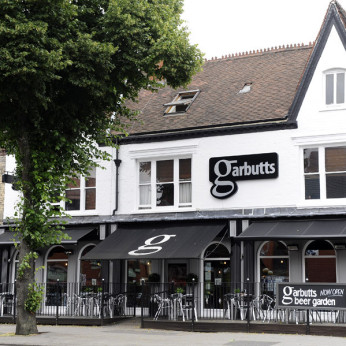 Garbutts Bar, Avenue