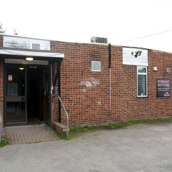 Click to view full size - Eynsford Riverside Club, Dartford(photograph number 1)