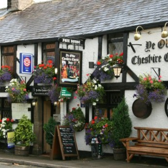 Ye Olde Cheshire Cheese Inn, Castleton