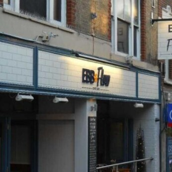 EBB & Flow Cafe Bar, Sutton