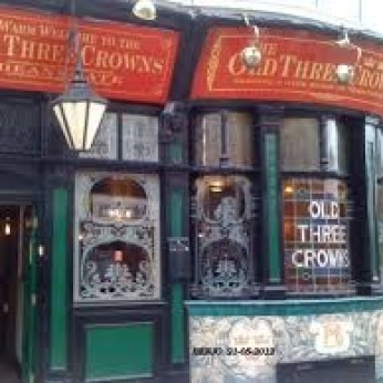 Old Three Crowns, Bolton