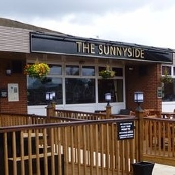 Sunnyside Inn, Bar Pool