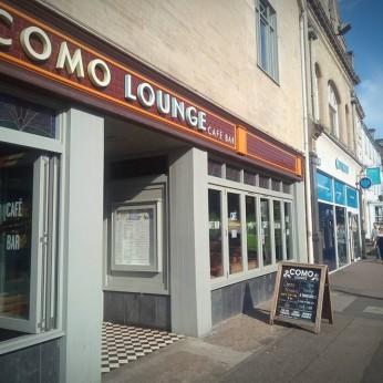 Como Lounge, Witney