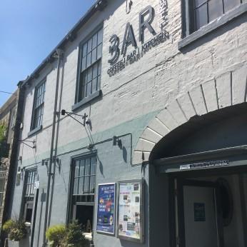 Bar Thr3, Wetherby