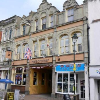 Nelsons Bar, Gosport