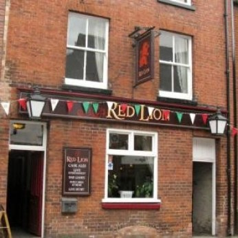 Red Lion, Stone