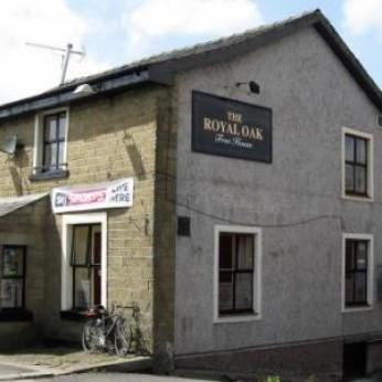 Royal Oak Hotel, Clayton le Moors