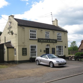 Crown & Mitre, Tydd St. Giles