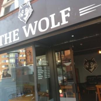 Wolf, Aston