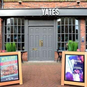 Yates, Forebridge