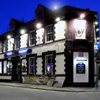 Pencelli Hotel, Treorchy