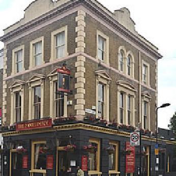 Defoe, London N16