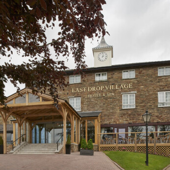Last Drop Village Hotel and Spa, Egerton