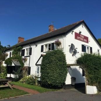 Otter Inn, Weston