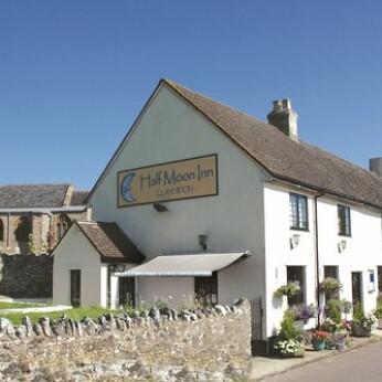 Half Moon Inn, Clayhidon