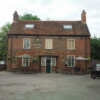 Royal Oak, Barton-le-Clay