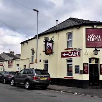 Royal Albert Inn, Newport