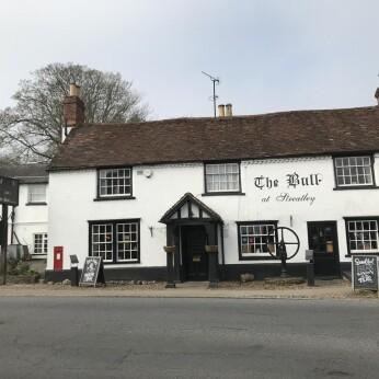 Bull Inn, Streatley