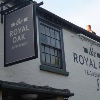 Royal Oak, Leigh Sinton