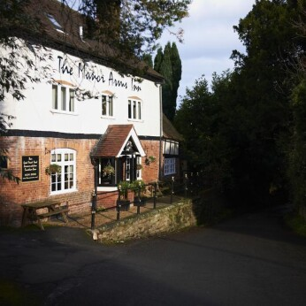 Manor Arms, Abberley