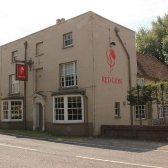 Red Lion, Water End