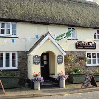 Bell Inn, Monkleigh