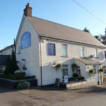 Woodland Tavern, Llanvair Discoed