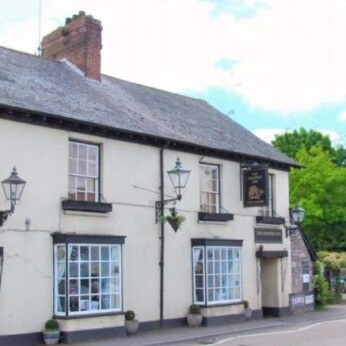 Dolphin Inn, Kenton
