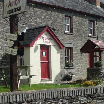 Ffynnone Arms, Newchapel