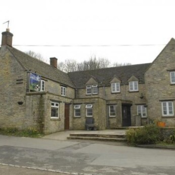 Crawley Inn, Crawley