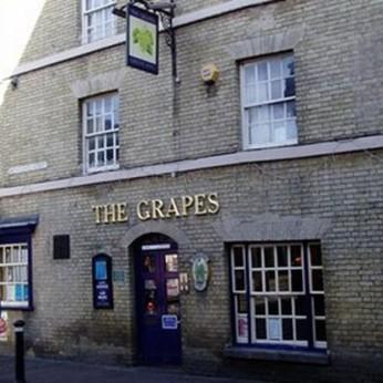 Grapes, Risbygate